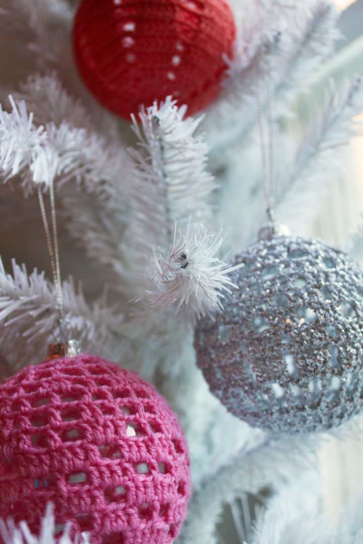 Crochet Xmas Ornaments : Crochet Pattern Central - Free Christmas Crochet Pattern Link