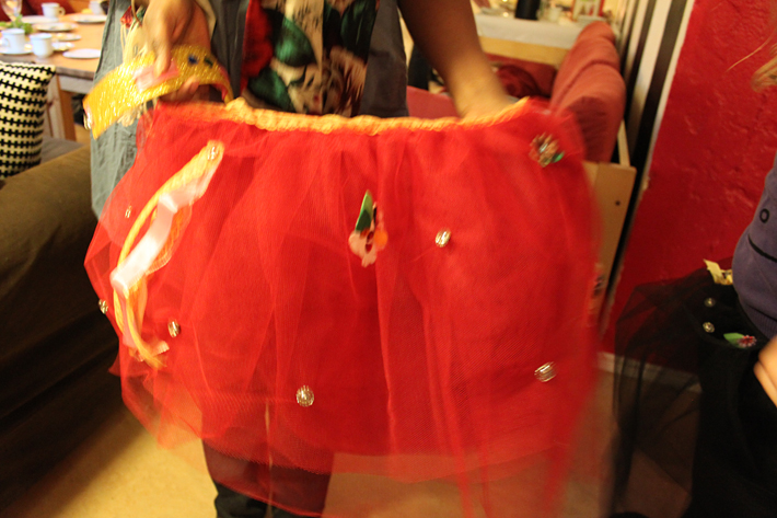 Decorated tulle skirt