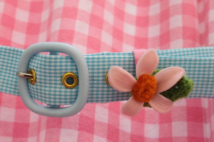 Doll dress belt